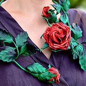 Красные розы Цветочное колье из кожи