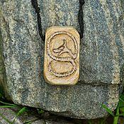 """Украшения ручной работы. Ярмарка Мастеров - ручная работа деревянная подвеска """"Рунический змей 1"""". Handmade."""