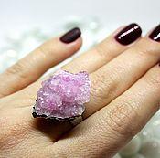 Кольцо с друзой кварца
