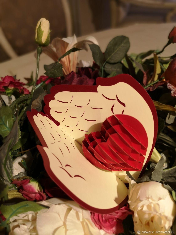 Сердце в руках - 3D открытка ручной работы, Открытки, Москва,  Фото №1