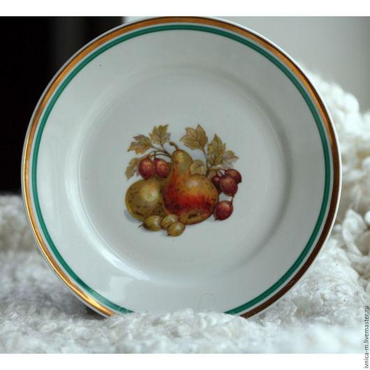 Винтажная посуда. Ярмарка Мастеров - ручная работа. Купить Тарелка винтаж ГДР с рисунками фруктов Груша. Handmade. Оранжевый
