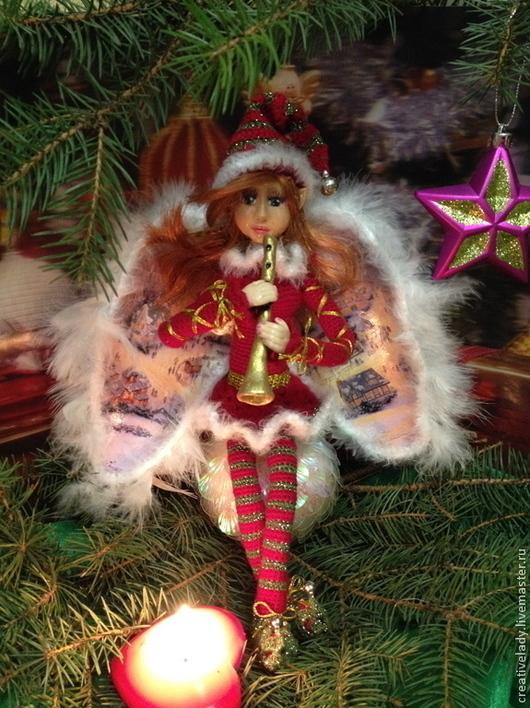 Интерьерная кукла ручной работы. Прекрасное дополнение к украшению вашего интерьера. Принесет в дом дух рождества и подарит новогоднее настроение. Станет вашим талисманом и ангелом хранителем.