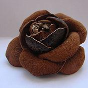 Подарки к праздникам ручной работы. Ярмарка Мастеров - ручная работа Цветок- брошь (брошь на обувь) из нат.кожи и замши. Handmade.