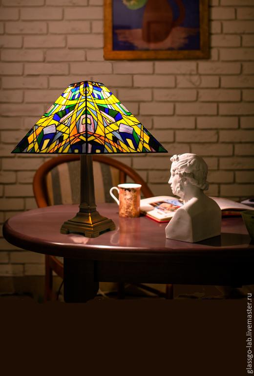Настольная лампа  `Утро`, стекло, Тиффани, D- 35 см, 552 детали.