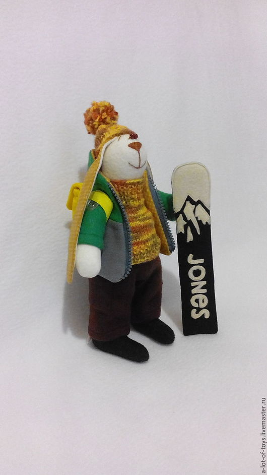 Куклы Тильды ручной работы. Ярмарка Мастеров - ручная работа. Купить Заяц со сноубордом. Портретная игрушка. Заяц сноубордист из флиса.. Handmade.