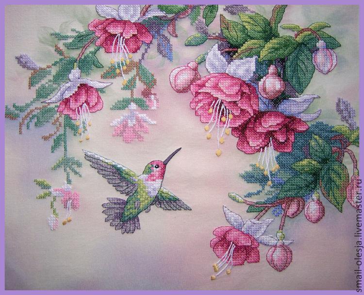 Вышивка фуксии и колибри