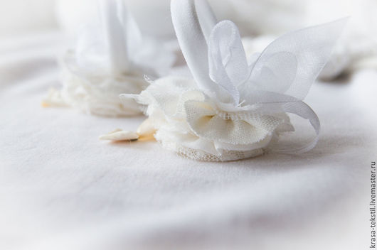 Заколки ручной работы. Ярмарка Мастеров - ручная работа. Купить бохо резинки для волос В белом. Handmade. Белый