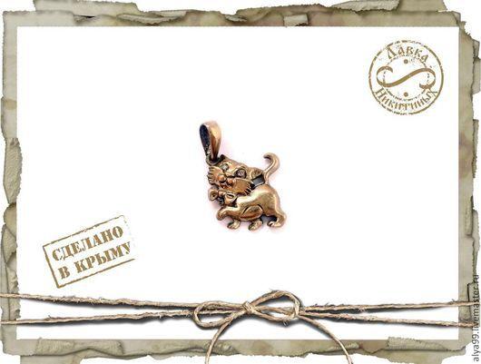 Кулоны, подвески ручной работы. Ярмарка Мастеров - ручная работа. Купить Котенок с бантиком. Handmade. Котенок, котята, кошка кулон