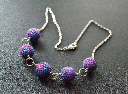 Колье, бусы ручной работы. Ярмарка Мастеров - ручная работа. Купить Бусы Сумеречные ягоды, фиолетовые бусы шарики из бисера. Handmade.