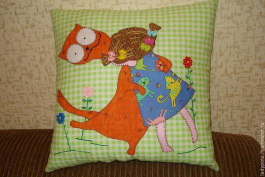 """Текстиль, ковры ручной работы. Ярмарка Мастеров - ручная работа. Купить Подушка из ткани """"Я тебя люблю!"""". Handmade. мулине"""