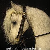 """Войлочная игрушка ручной работы. Ярмарка Мастеров - ручная работа валяный конь"""" по мотивам Орловца""""для Ольги... Handmade."""