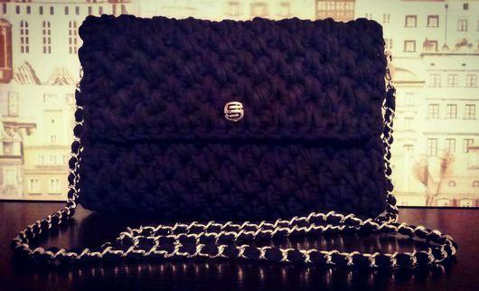 Женские сумки ручной работы. Ярмарка Мастеров - ручная работа. Купить Сумочка-клатч черная вязаная из трикотажной пряжи. Handmade.