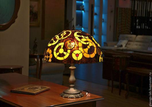 Настольная лампа «Да Винчи», Тиффани, стекло, D – 40 см, 328 деталей.