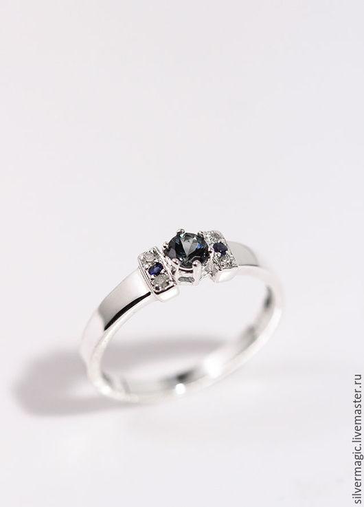 Кольца ручной работы. Ярмарка Мастеров - ручная работа. Купить Серебряное кольцо с сапфиром.. Handmade. Серебряное кольцо, кольцо с сапфиром