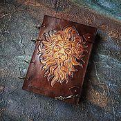 """Блокноты ручной работы. Ярмарка Мастеров - ручная работа Кожаный блокнот на кольцах """"Мудрый лев"""". Handmade."""