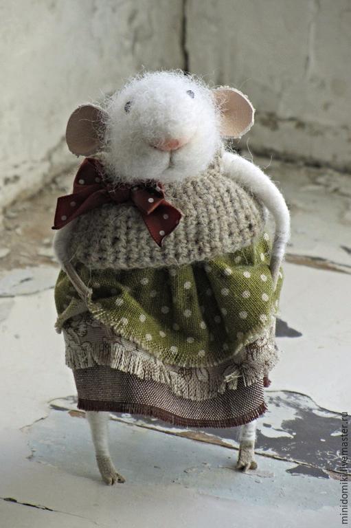 Игрушки животные, ручной работы. Ярмарка Мастеров - ручная работа. Купить Мышка в платье. Handmade. Белый, маленькое животное