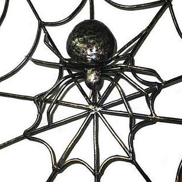 """Картины и панно ручной работы. Ярмарка Мастеров - ручная работа Паутина  """"Кованая самка паука"""". Handmade."""