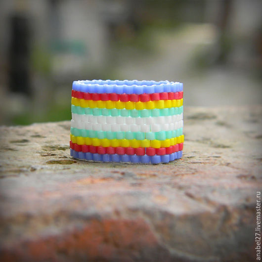 Кольца ручной работы. Ярмарка Мастеров - ручная работа. Купить Яркое широкое кольцо из бисера, необычное украшение из бисера. Handmade.