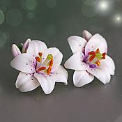 """Украшения ручной работы. Ярмарка Мастеров - ручная работа """"Белые лилии"""" серьги. Handmade."""