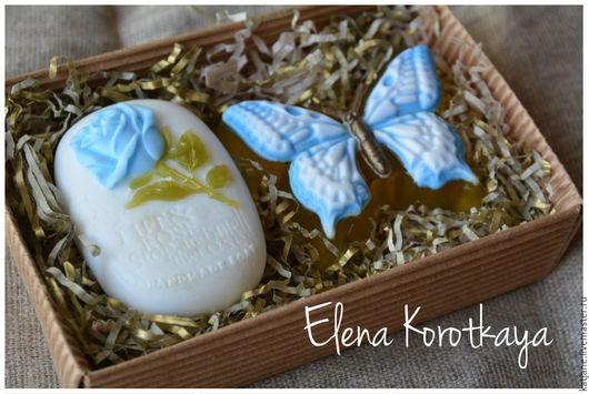 """Мыло ручной работы. Ярмарка Мастеров - ручная работа. Купить """"Бабочка и роза"""" (голубой). Набор мыла ручной работы. Handmade."""