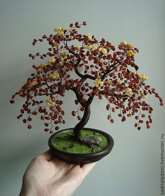 Дерево из натурального янтаря Виринея. Стиль сакура. Единственный экземпляр. Сочетание матового и прозрачного янтаря. Сад на ладони. Ярмарка мастеров.