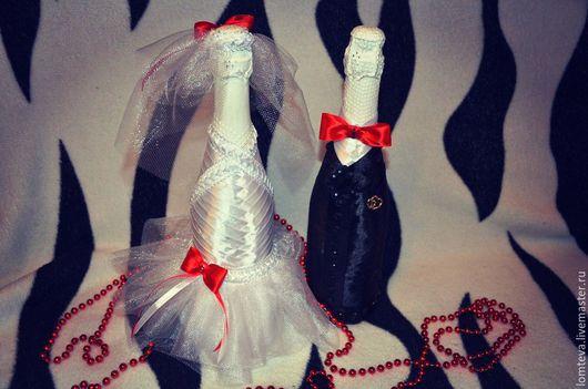 """Свадебные аксессуары ручной работы. Ярмарка Мастеров - ручная работа. Купить Бутылки шампанского """"Жених и Невеста"""". Handmade. Белый, подарок"""
