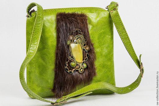 Женские сумки ручной работы. Ярмарка Мастеров - ручная работа. Купить Маленькая зеленая сумочка с декором. Handmade. Зеленый