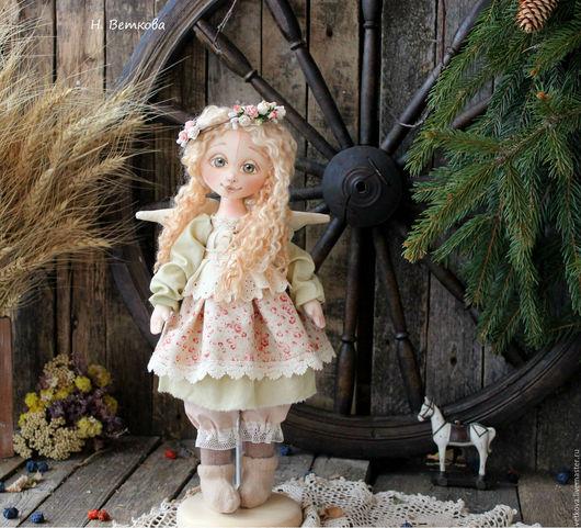 Коллекционные куклы ручной работы. Ярмарка Мастеров - ручная работа. Купить Весенняя феечка интерьерная текстильная коллекционная кукла подарок. Handmade.