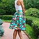 Бирюза. Цветы. Принт на ткани.Летняя юбка.Короткая юбка.Юбка в складку. Модная юбка. Нарядная юбка.Пышная юбка.Оригинальная юбка.Юбка миди до колена.Для мамы и дочки