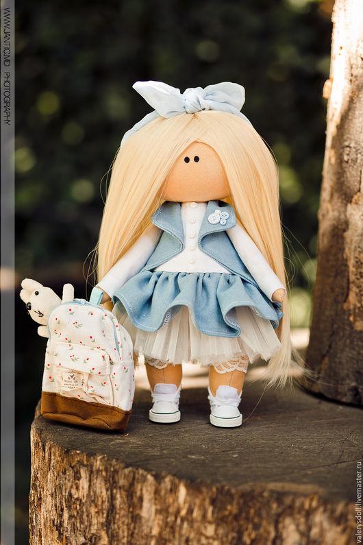 Кукла – это отражение меня  это возможность показать свой внутренний, душевный мир и то как выглядит cказочный мир вокруг меня....пусть мой куклы будут вас радовать