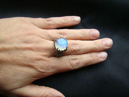 """Кольца ручной работы. Ярмарка Мастеров - ручная работа. Купить Кольцо """"Лунное"""". Handmade. Серебряный, кольцо с адуляром"""
