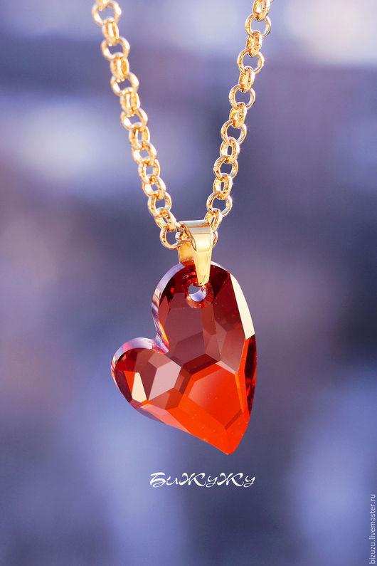 """Кулоны, подвески ручной работы. Ярмарка Мастеров - ручная работа. Купить Кулон """"Love"""". Handmade. Ярко-красный, сердце, позолота"""