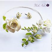 Свадебный салон ручной работы. Ярмарка Мастеров - ручная работа Колье с розами и фрезией. Handmade.