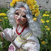 "Куклы и пупсы ручной работы. Ярмарка Мастеров - ручная работа ""Баба-Яга на даче"". Фарфоровая кукла.. Handmade."