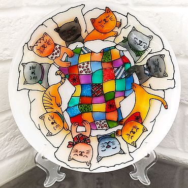 """Посуда ручной работы. Ярмарка Мастеров - ручная работа Декоративная тарелка, роспись стекла """"Коты"""". Handmade."""