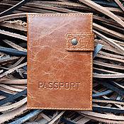 Сумки и аксессуары ручной работы. Ярмарка Мастеров - ручная работа Кожаная обложка для паспорта с отделениями для пластиковых карт AE. Handmade.