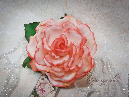 """Броши ручной работы. Ярмарка Мастеров - ручная работа. Купить Брошь ручной работы с розой из фоамирана """"Летний сон"""". Handmade."""