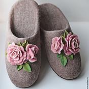 """Обувь ручной работы. Ярмарка Мастеров - ручная работа Тапочки """"Нежные розочки"""". Handmade."""