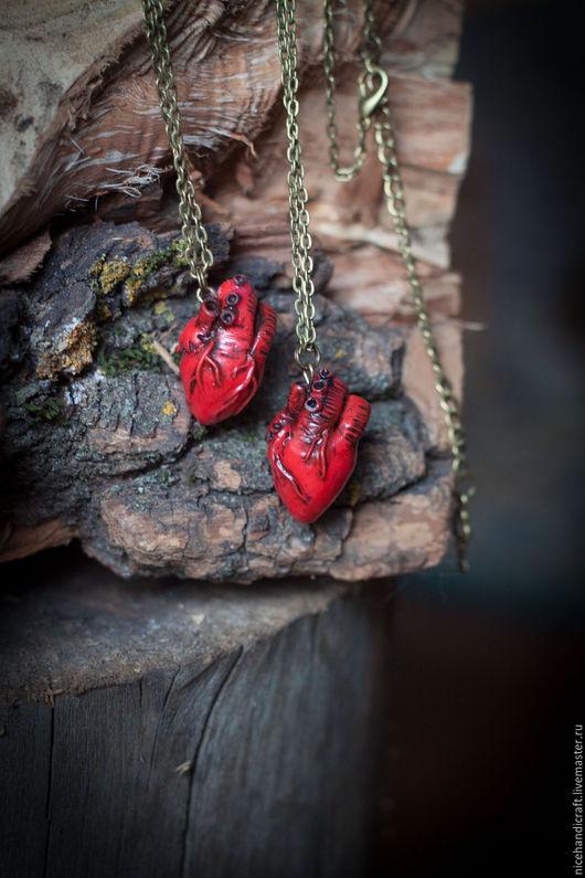 """Кулоны, подвески ручной работы. Ярмарка Мастеров - ручная работа. Купить Подвеска """"Анатомическое сердце"""". Handmade. Бордовый, анатомическое сердце"""