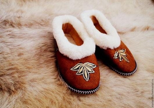 Обувь ручной работы. Ярмарка Мастеров - ручная работа. Купить Чуни из натуральной овчины. Handmade. Чуни, натуральная овчина