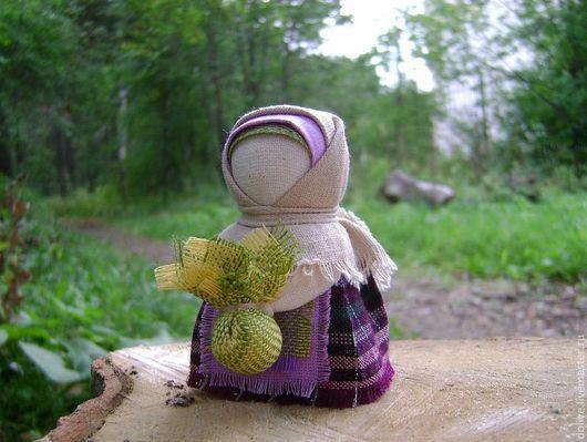 """Народные куклы ручной работы. Ярмарка Мастеров - ручная работа. Купить Куколка """"Подорожница"""". Handmade. Сиреневый, народный стиль, оберег"""