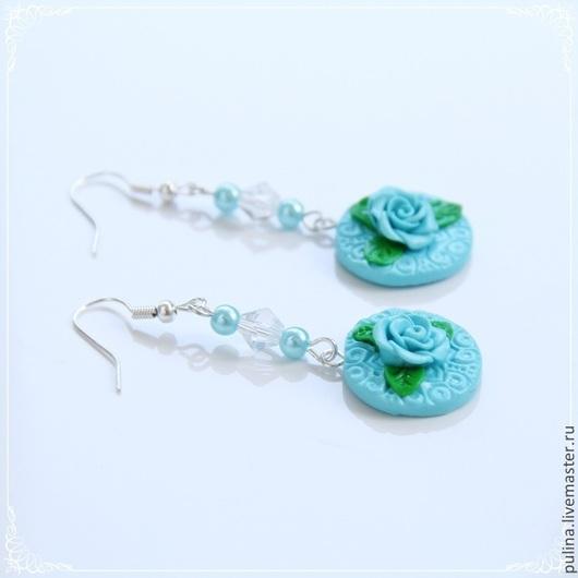 Серьги  `Изысканность`, голубые розы