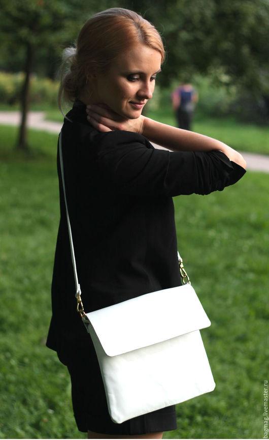 Женские сумки ручной работы. Ярмарка Мастеров - ручная работа. Купить Клатч. Handmade. Белый, клатч из натуральной кожи