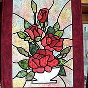 """Картины и панно ручной работы. Ярмарка Мастеров - ручная работа Лоскутное  текстильное панно """"Алые розы""""Серия """"Витраж"""". Handmade."""