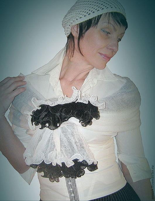 Шарфы и шарфики ручной работы. Ярмарка Мастеров - ручная работа. Купить Вязаный шарф-снуд трансформер Черно-белый. Handmade.