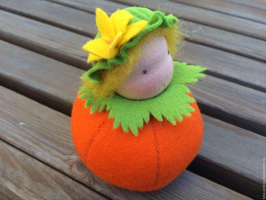 Вальдорфская игрушка ручной работы. Ярмарка Мастеров - ручная работа. Купить Тыковка, вальдорфская куколка-малышка. Handmade. Оранжевый