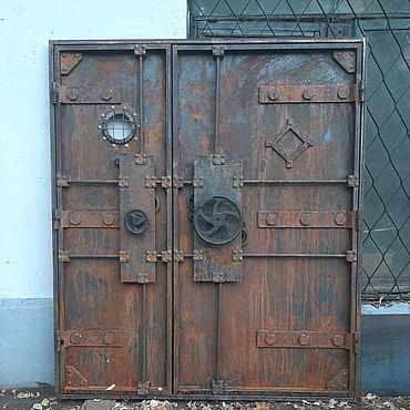 Для дома и интерьера ручной работы. Ярмарка Мастеров - ручная работа Дверь в стиле индустриальный гранж. Handmade.