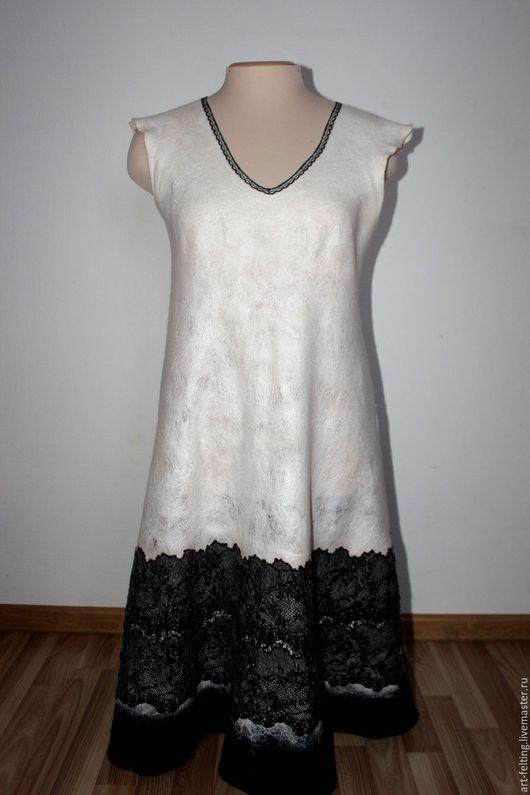 """Платья ручной работы. Ярмарка Мастеров - ручная работа. Купить Валяное платье """"Зимние кружева"""". Handmade. Белый"""