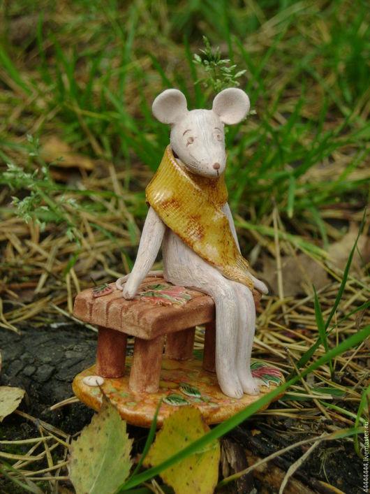 Персональные подарки ручной работы. Ярмарка Мастеров - ручная работа. Купить миниатюра Мышка и осень Керамика. Handmade. Лавочка