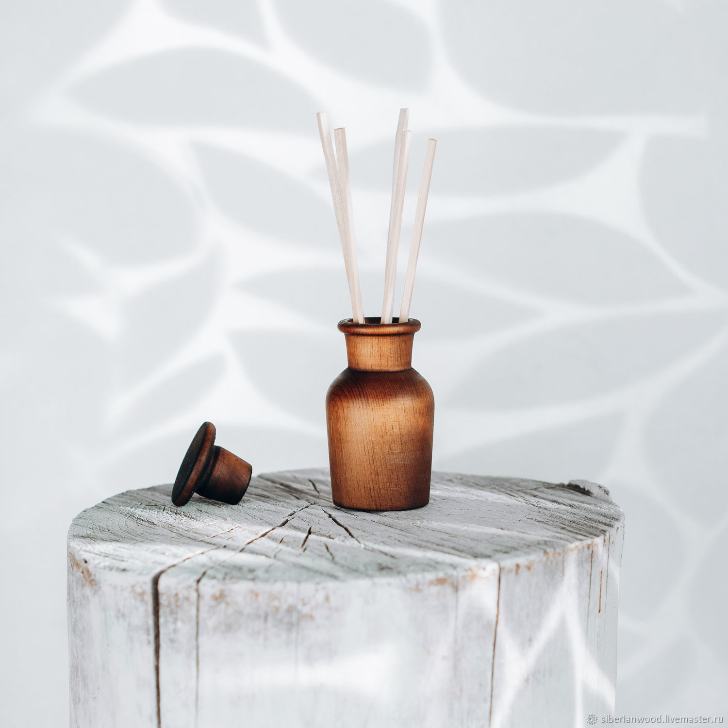 Wooden aroma diffuser with cedar sticks DA2, Interior elements, Novokuznetsk,  Фото №1